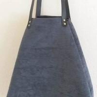 Bolso castaña de pana azul