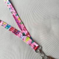 Porta llaves  de cuello surf rosa