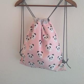 Mochila de pandas rosa