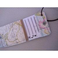 Etiqueta para equipaje mapamundi con marrón