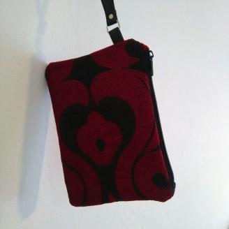 Cluth tapizado rojo pasión exclusivo.