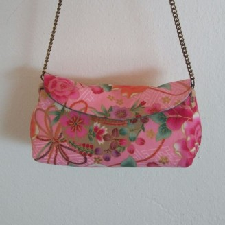 Clutch japonés Kawaii rosas, modelo exclusivo
