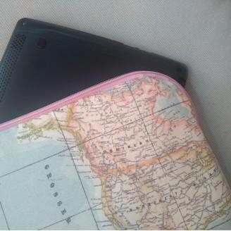 Funda para tablet o portátil mapamundi