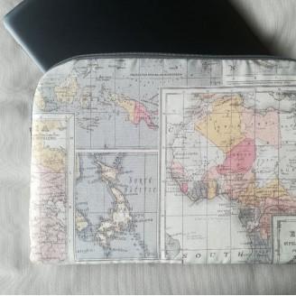Funda para tablet o portátil mapamundi gris
