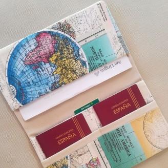 Portadocumentos mapamundi colorido (interior beige)