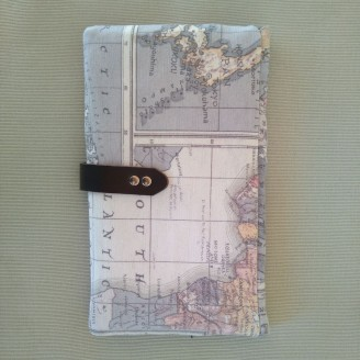 Portadocumentos mapamundi gris